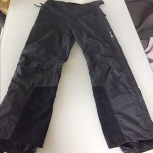 Mountain Hardware women's snow pant size 6